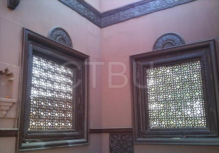 212-inner-building-windows-tile