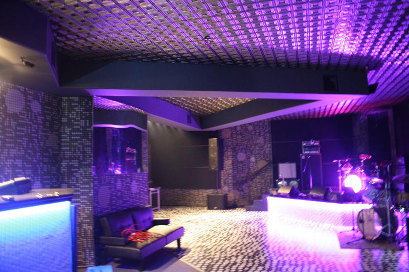 ceiling-tile-2x2-153