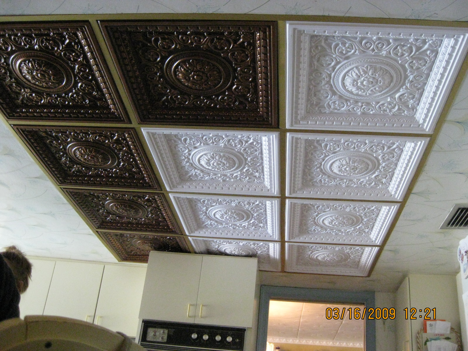 Design VC 02  Antique Copper and White Matte PVC tiles