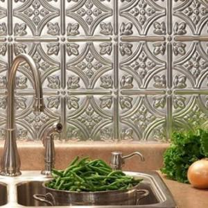PRINCESS VICTORIA KITCHEN BACKSPLASH